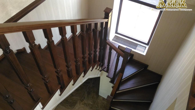 Ступени для лестниц из дерева купить в Москве В наличии